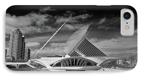 0352 Milwaukee Art Museum Infrared IPhone Case