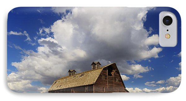 Blasdel Barn IPhone Case by Mark Kiver