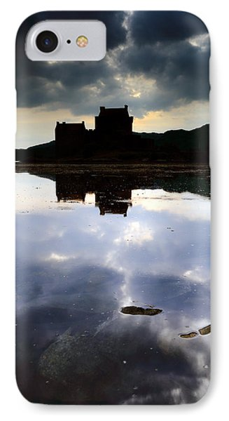 Eilean Donan Castle Phone Case by Grant Glendinning