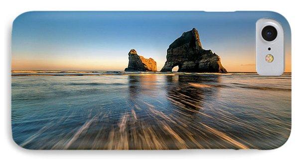 Shore iPhone 7 Case - Wharaiki Beach by Hua Zhu