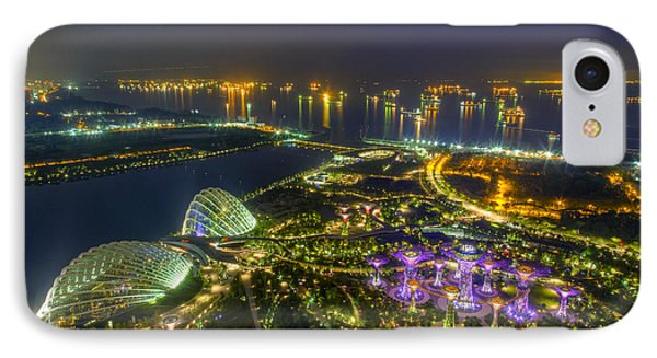 Gardens By The Bay Phone Case by Mario Legaspi