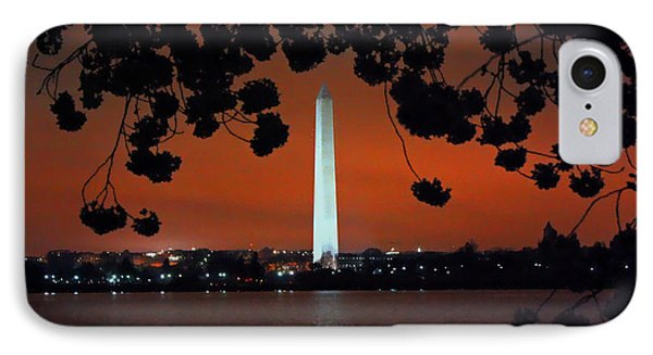 IPhone Case featuring the photograph Washington Monument by Suzanne Stout