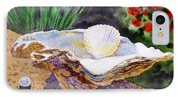 Sea Shell And Pearls Morning Light Phone Case by Irina Sztukowski