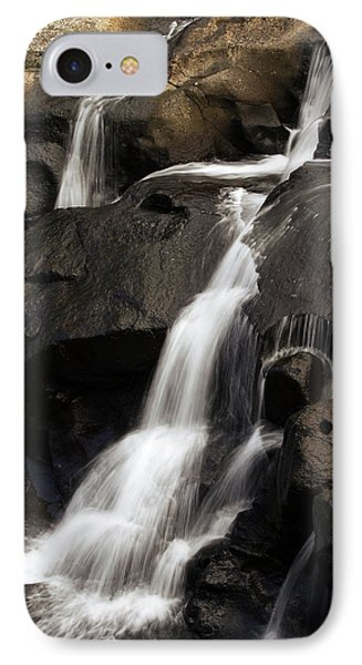 Water Flowing Phone Case by Les Cunliffe