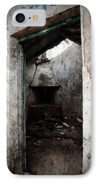 Abandoned Little House 1 Phone Case by RicardMN Photography