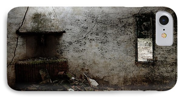 Abandoned Little House 3 Phone Case by RicardMN Photography