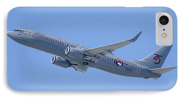 Alaska Boeing 737-890 N569as Los Angeles International Airport August 20 2013 Phone Case by Brian Lockett
