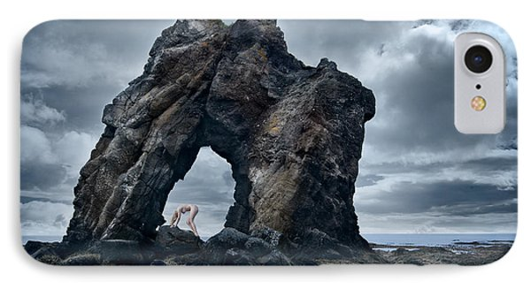 Amongst Giants IPhone Case by Sigthor Markusson