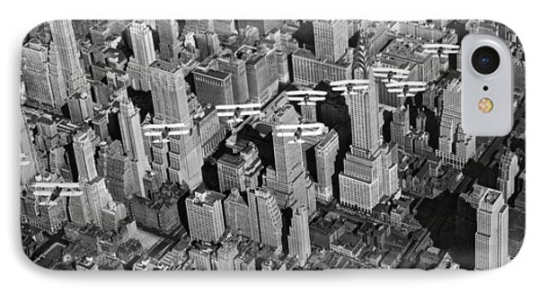 Army Air Corp Over Manhattan Phone Case by Underwood Archives