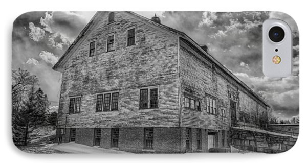 Barn At Amhi   7k00333 Phone Case by Guy Whiteley