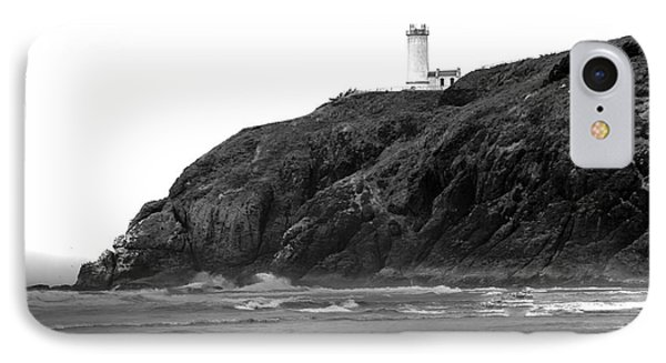 Beach View Of North Head Lighthouse Phone Case by Robert Bales