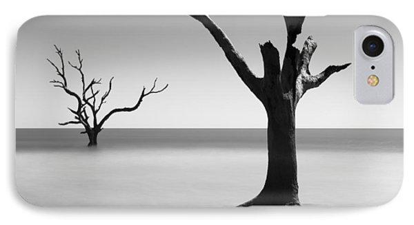 Bull iPhone 7 Case - Boneyard Beach - IIi by Ivo Kerssemakers