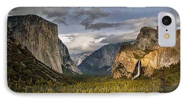 Bridal Vail Fall In The Spotlight Phone Case by Eduard Moldoveanu