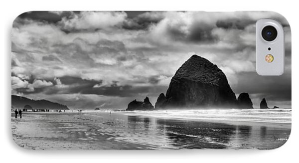 Cannon Beach On The Oregon Coast Phone Case by David Patterson