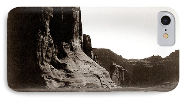Canonde Chelly Az 1904 Phone Case by Edward S Curtis
