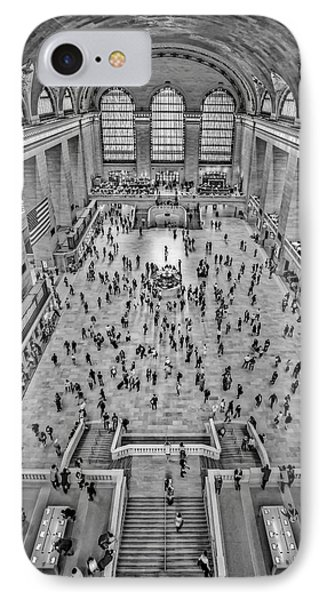 Cat Walk At Grand Central Terminal Bw IPhone Case by Susan Candelario