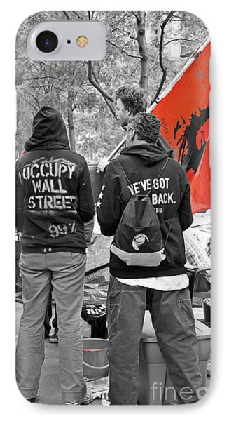 IPhone Case featuring the photograph Che At Occupy Wall Street by Lilliana Mendez