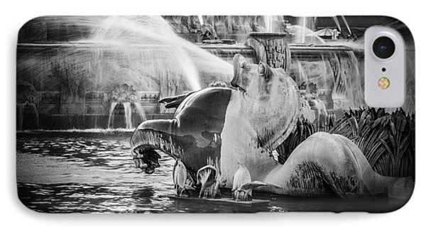 Chicago Buckingham Fountain Seahorse In Black And White Phone Case by Paul Velgos