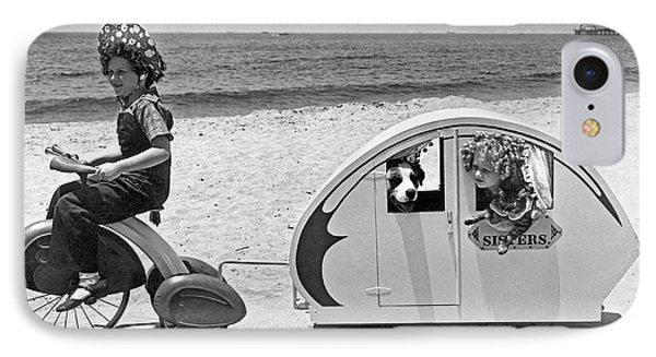Venice Beach iPhone 7 Case - Children Beach Tour by Underwood Archives