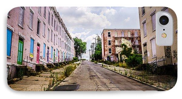 Cincinnati Glencoe-auburn Place Image Phone Case by Paul Velgos