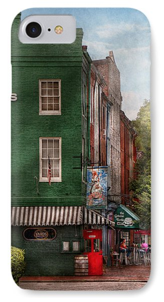 City - Baltimore - Fells Point Md - Bertha's And The Greene Turtle  Phone Case by Mike Savad
