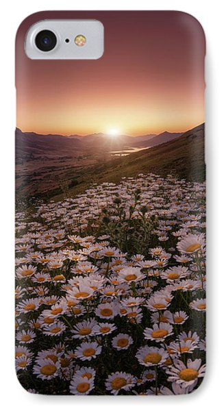 Daisy iPhone 7 Case - Closer To The Sun by Sergio Abevilla