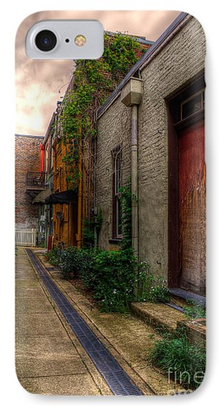 IPhone Case featuring the photograph Coggin's Alley Way by Maddalena McDonald