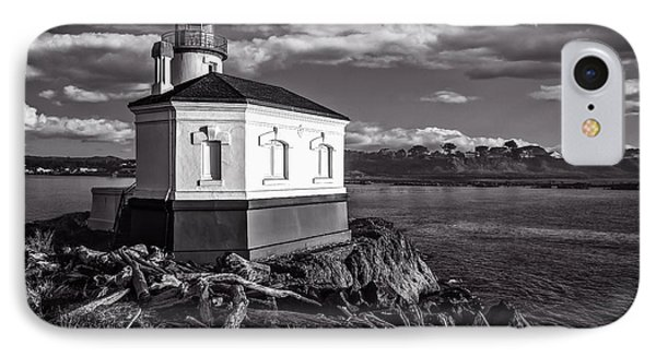 Coquille River Lighthouse Upriver Bw Phone Case by Joe Hudspeth