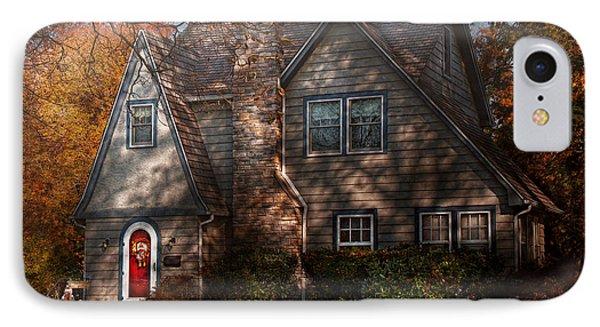 Cottage - Cranford Nj - Autumn Cottage  Phone Case by Mike Savad