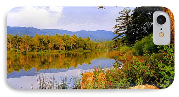 Cove Lake State Park  Phone Case by Frozen in Time Fine Art Photography