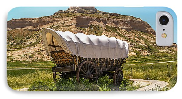 IPhone Case featuring the photograph Covered Wagon At Scotts Bluff National Monument by Sue Smith