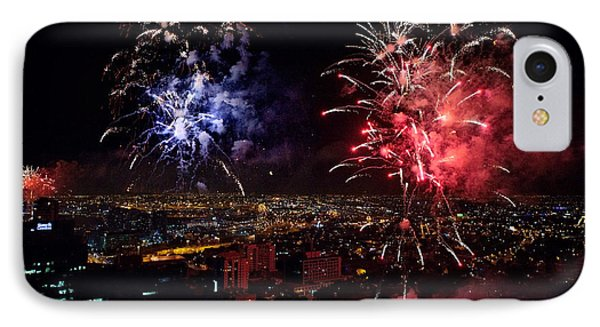 Dazzling Fireworks II Phone Case by Ray Warren