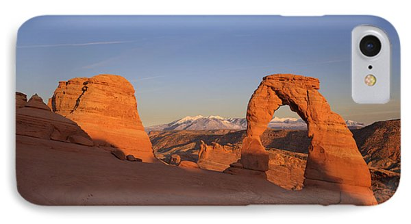 Delicate Arch At Sunset-2 Phone Case by Alan Vance Ley