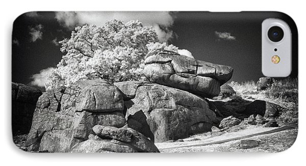 Devils Den - Gettysburg Phone Case by Paul W Faust -  Impressions of Light