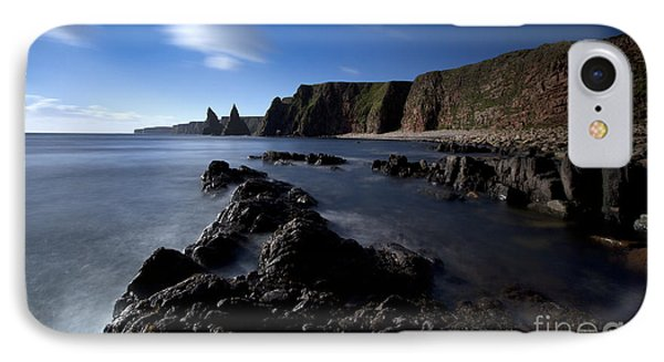 Duncansby Head Phone Case by Roddy Atkinson