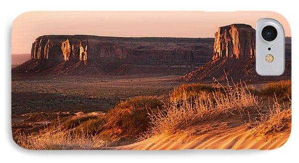 Early Morning In Monument Valley Phone Case by Jane Rix