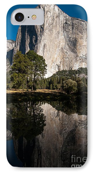 El Capitan In Yosemite 2 IPhone Case by Terry Garvin