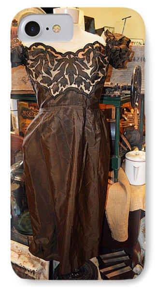 Elegance In Brown Phone Case by Cindy Nunn