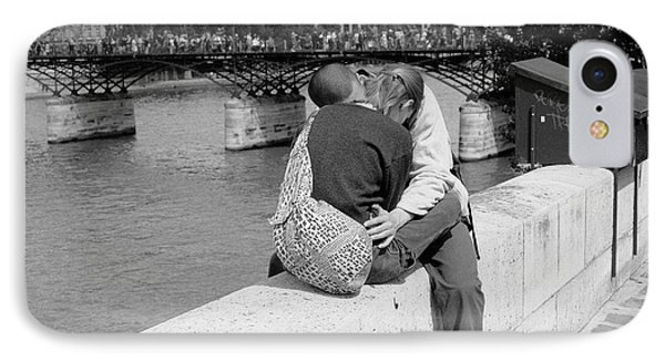 IPhone 7 Case featuring the photograph Embrace-paris by Dave Beckerman