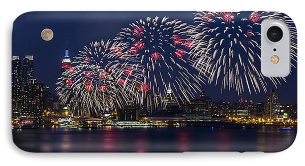 Fireworks And Full Moon Over New York City Phone Case by Susan Candelario