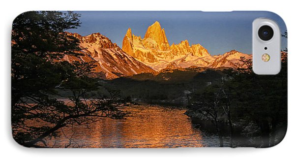 Fitz Roy Massif IPhone Case by Gary Hall
