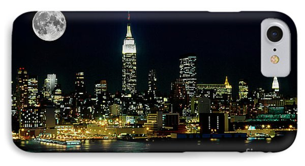 Full Moon Rising - New York City IPhone 7 Case by Anthony Sacco