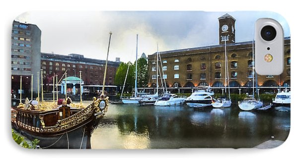 Golden Boat - Gloriana The British Royal Barge IPhone Case