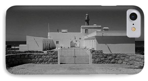 IPhone Case featuring the photograph Guia by Luis Esteves