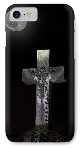 Hollywood Cemetery Full Moon IPhone Case