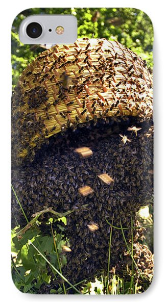 Honeybee iPhone 7 Case - Honeybees Swarming by Simon Fraser/science Photo Library