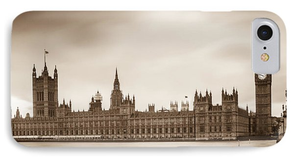 Houses Of Parliament And Elizabeth Tower In London Phone Case by Semmick Photo