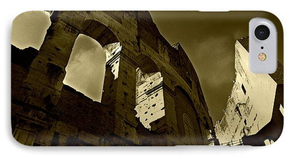 Il Colosseo IPhone Case by Micki Findlay