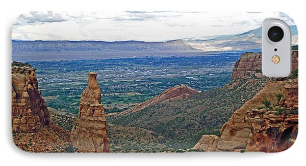 Independence Monument In Colorado National Monument Near Grand Junction-colorado IPhone Case