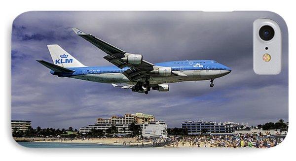 K L M Landing At St. Maarten IPhone Case by David Gleeson